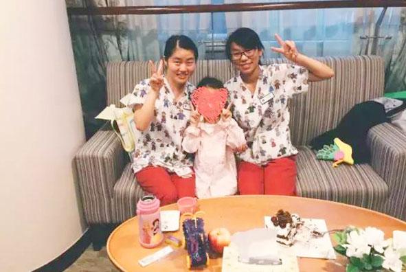 """5岁的孩子郑重告诉蒋虹医生:""""长大后我要来你们医院当儿科医生""""!"""